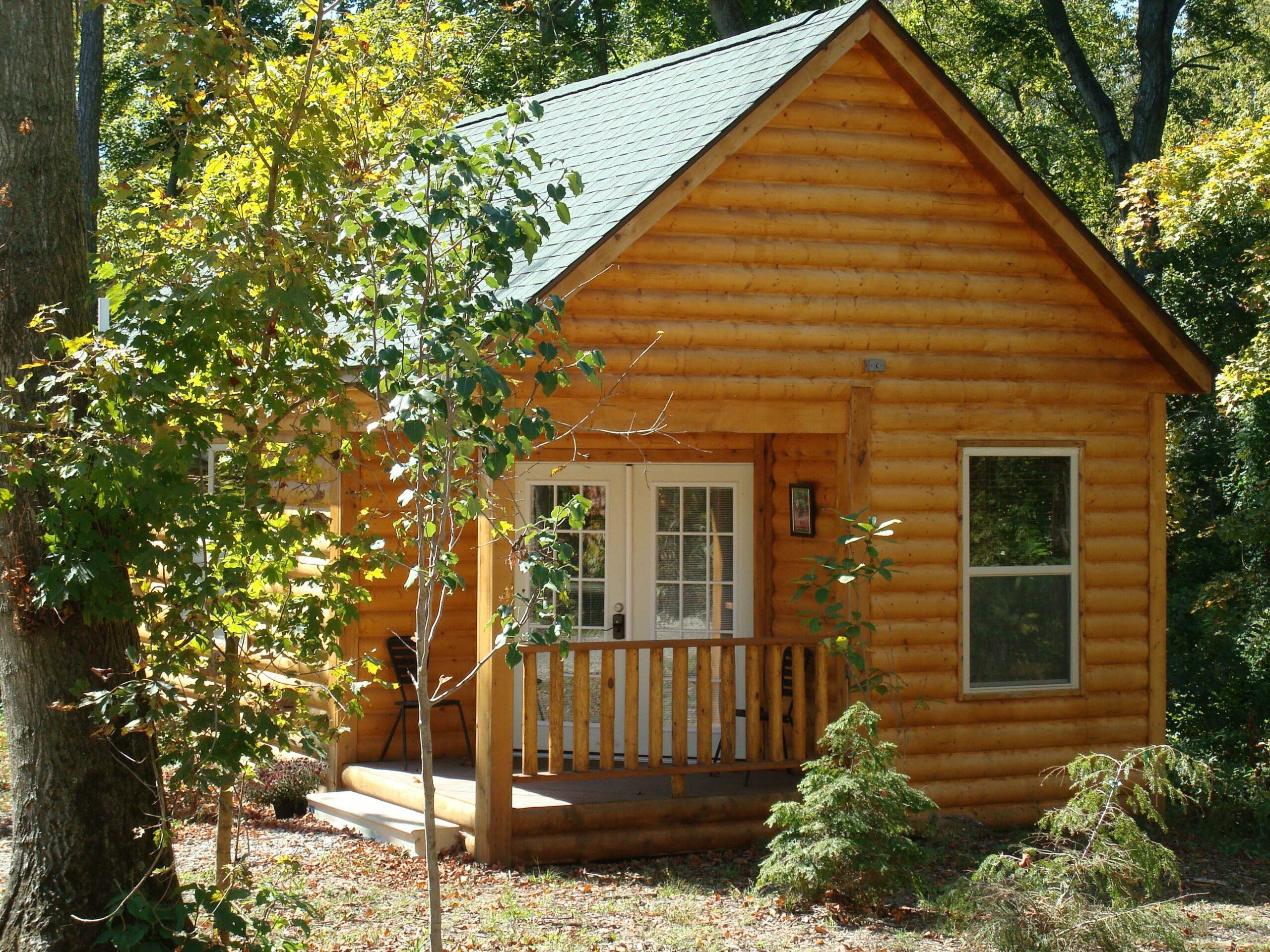 Romantic log cabin at Hidden Lake Winery