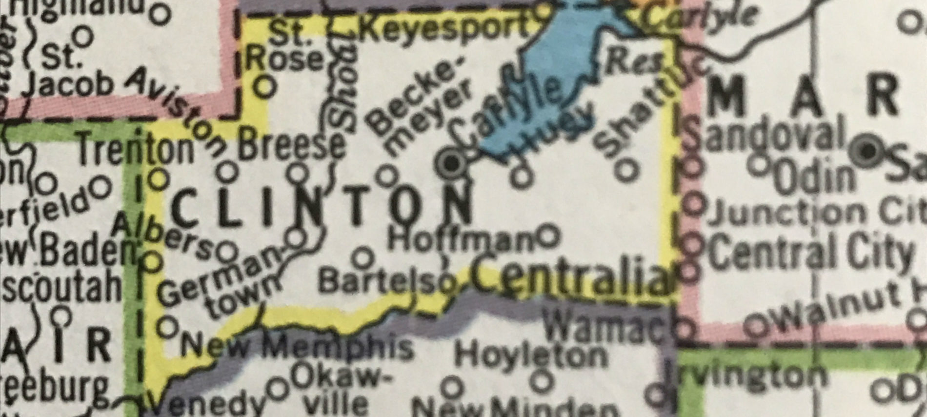 Close up map of Clinton County, IL.